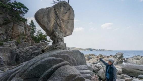 [지구는 살아있다] 강원도 고성 '위태위태' 서낭바위를 깎은 자연의 조각가