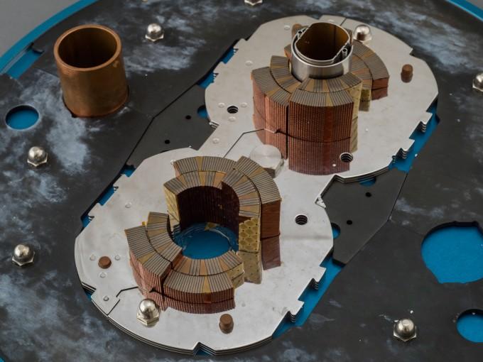 LHC 튜브의 단면도. 실제 LHC와 크기와 재질이 모두 같다. 한양대 제공