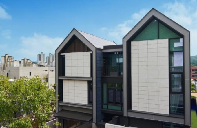 지난해 12월 LG전자가 선보인 제로에너지 건축물 'LG 싱큐 홈'. 에너지 자립률이 100% 이상으로 국내 최초로 '제로에너지건축물 본인증 1등급'을 받았다. LG전자 제공