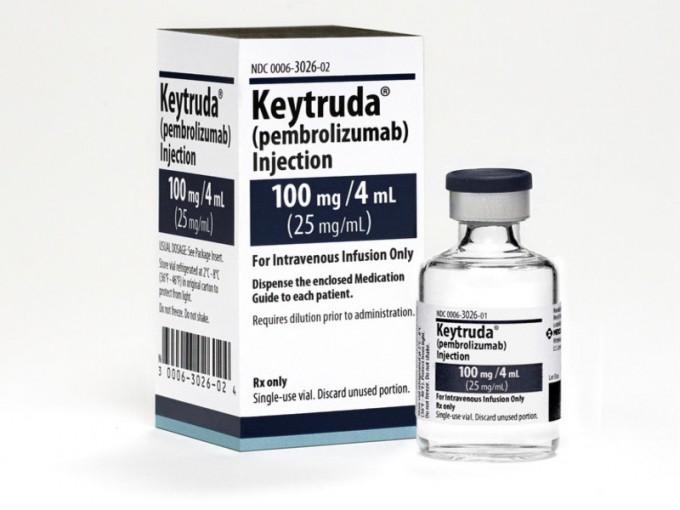 1_2014년 흑색종 치료제로 FDA가 승인한 키트루다는 그뒤 폐암 치료제로 적용이 확대되면서 본격적인 면역항암제 시대를 연 항체치료제다. 국내에서는 2017년 사용이 승인됐지만 아직 폐암 1차 치료에서는 건보 적용이 안 되고 있다. 머크 샤프 앤 돔 제공