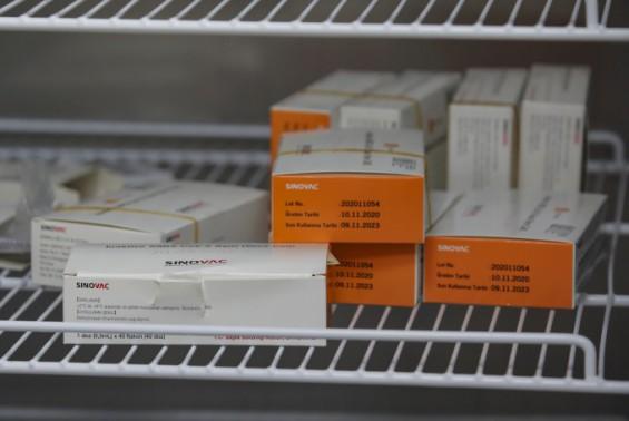 시노백 코로나19 백신 감염 예방 효과 약 65.9%…접종 효과 첫 발표