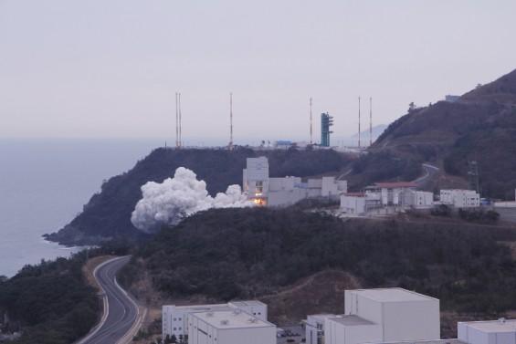 국방과학연구소, 우주발사체용 고체엔진 연소시험 성공