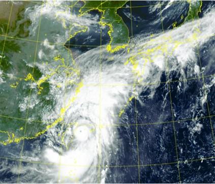 초강력 태풍 '찬투' 사흘간 상하이 강타...15~16일쯤 제주와 남부에 폭우