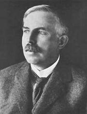 워스트2 어니스트 러더퍼드. 물리학자인 그는 화학상을 수상한 후 무척 불만스러워했다.