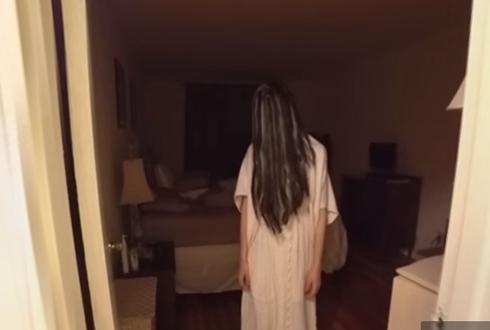 VR 헤드셋 쓰고 공포영화 봤나? 진짜 무서워~