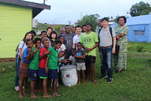 한국의 사랑을 피지에…무동력 정수기 기증