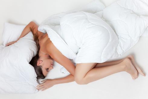 열대야에 잠못이루는 당신, 베개를 바꿔라?!