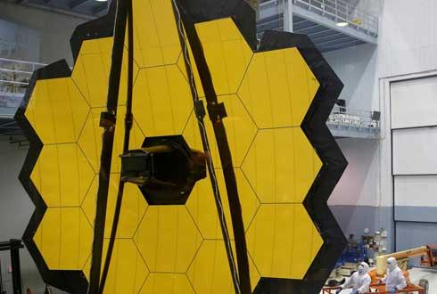 차세대 우주망원경 '제임스 웹' 마침내 완성