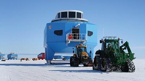 남극연구소는 '스키'타고 이사한답니다~
