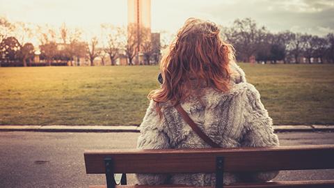 30대, 50대가 외로움을 더 느끼는 이유는 이것 때문!