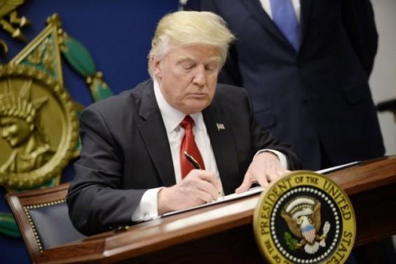 트럼프, 올해도 기후변화 연구 대거 취소 권고…차세대 대형 우주망원경 'WFIRST'도 '킬'