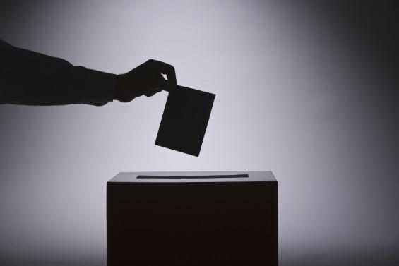 선거 때면 논란 이는 여론조사, 오차 정말 심해졌을까?