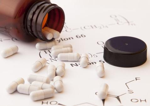 두 약물 같이 쓸 때 효과-부작용 예측… 'AI 약사' 온다