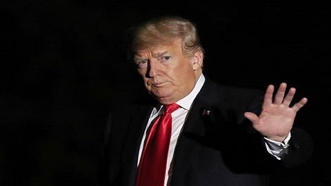 """트럼프 """"기후변화 거짓말 아냐. 하지만 영향 오래 안갈 것"""""""
