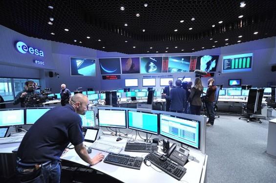 美·中 이어 유럽도 우주軍 창설 고려…우주 평화의 시대는 가나