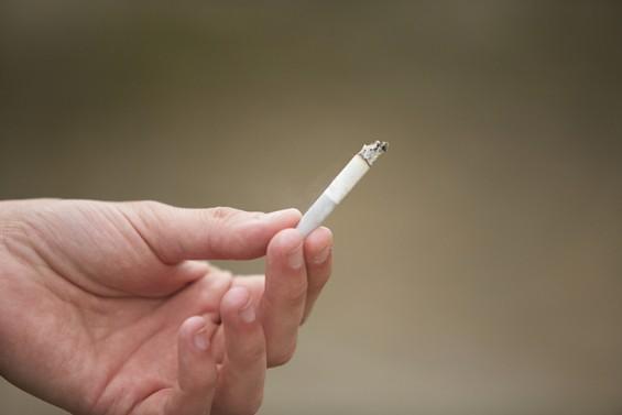 간접흡연이 만성 콩팥병 유발한다