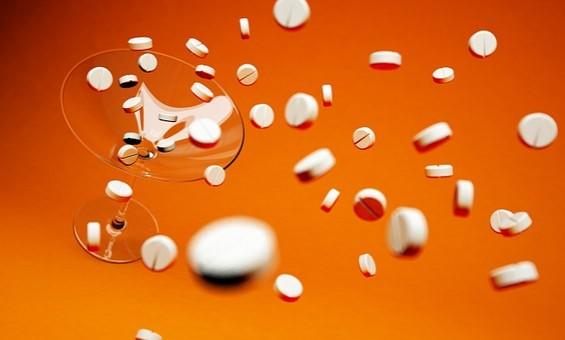 작년 '의약품 부작용' 보고 25만7천건…해열진통제가 14%