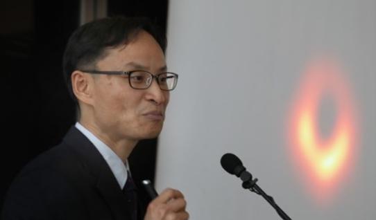 """""""다음 목표는 블랙홀 '동영상' 촬영"""