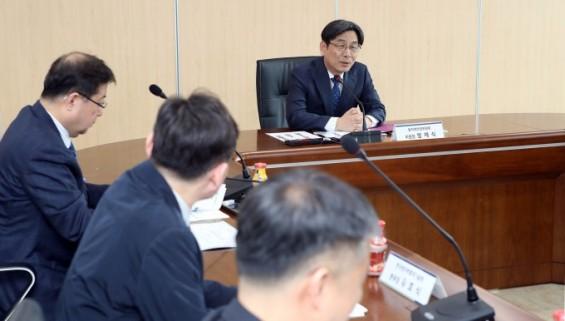 [동정] 엄재식 원안위원장, 한국원자력통제기술원 시설 점검