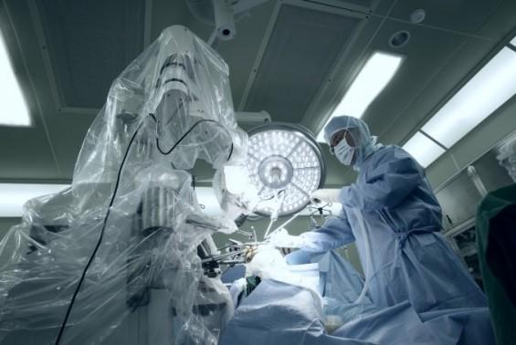 [미리 체험하는 의료로봇]⑥ 진화하는 인공관절 수술봇