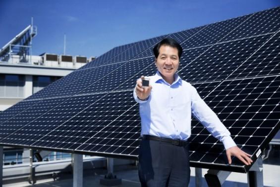 첨가물 바꿔 페로브스카이트 태양전지 효율·내구성 잡았다