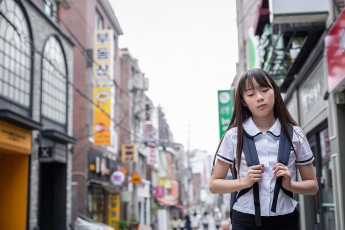 서울대병원 연구팀이 중고등학생 우울증을 조기에 감지할 수 있는 요인을 규명했다. 전국 중고등학생 1991명을 대상으로 조사한 결과 학교에 가기 싫다고 자주 느끼는 학생은 그렇지 않은 학생에 비해 우울증이 있을 가능성이 3.25배나 더 높았다. 게티이미지뱅크 제공