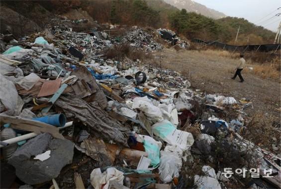 플라스틱 쌓인 지금은 '인류世' 시대… 생태 위기 해법은?