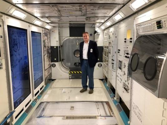 ISS 임무 중 혈전 발견된 우주인, 원격의료 치료 받고 무사귀환