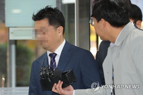 '인보사사태' 코오롱생명과학 이사 측