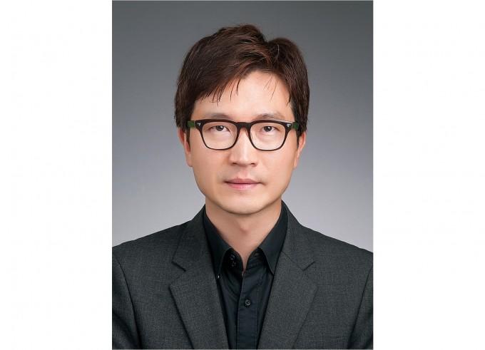 세계 최고 수준 인공 촉각세포 만든 김도환 교수, 이달의 과학기술인에 선정