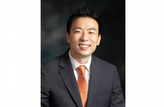 '디스플레이를 안테나로 쓴다' 홍원빈 교수 이달의 과학기술인 선정