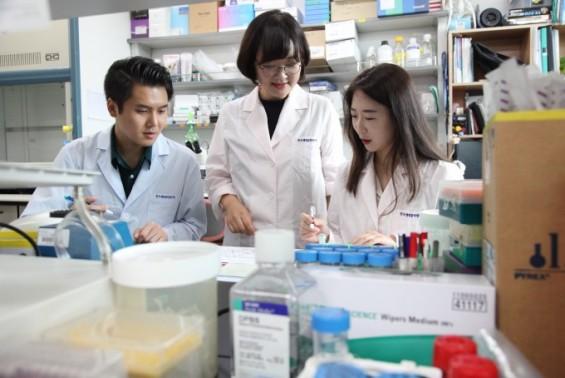 사람 소장 닮은 미니장기 만들어 장내 미생물 연구한다