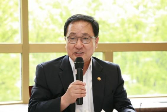 유영민 전(前) 과기정통부 장관, 대통령 비서실장 발탁