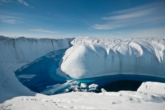 세계의 얼음이 기록적으로 녹고 있다