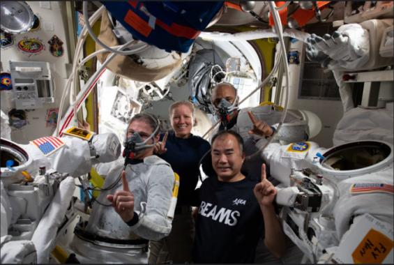 '우주에서 85일째' 스페이스X 크루1 승무원들, 美우주선 임무 최장 체류 기록