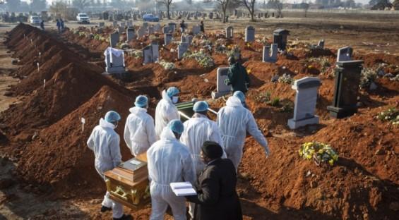 코로나19가 빼앗은 세계 인류의 수명 합하면 최소 2050만년