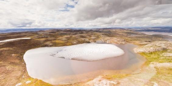 """그린란드 빙하 1.4km 아래에서 발견된 나뭇잎…""""그린란드는 한 때 '녹색땅'이었다"""""""