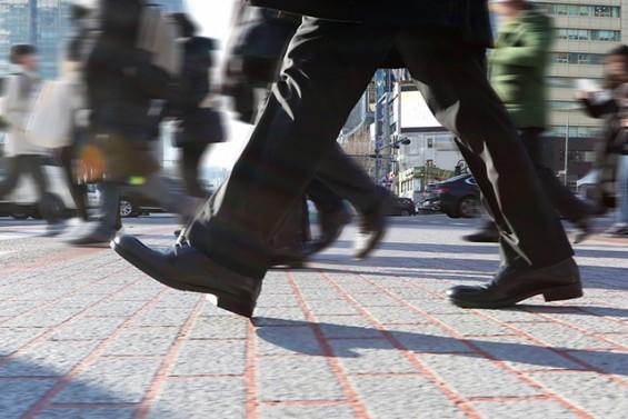 """""""걸을 때 왼쪽 무릎 더 구부려요""""…걸음걸이 분석하는 AI 개발"""