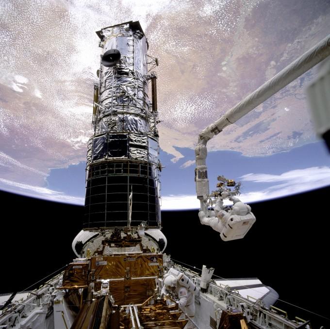 2주째 고장난 '서른 한살' 허블우주망원경, 원인 못찾아 퇴역 갈림길
