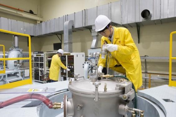 국산 '연구로+핵연료' 패키지 수출길 연다