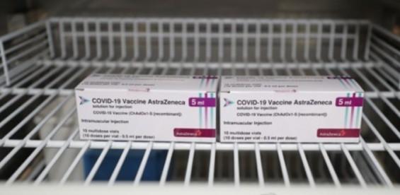 아스트라제네카 코로나19 백신 혈전증 유발 원인 밝혔다