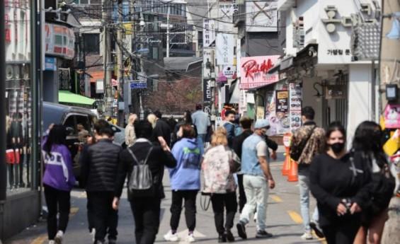 수도권 주민·입영장정 항체 양성률 2월보다 1.6배…