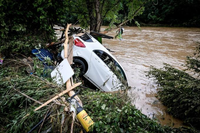 폭우·홍수 휩쓸고 간 독일 슐트 지역 주택가. EPA/연합뉴스 제공