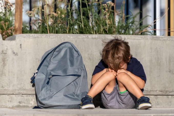 전 세계 150만 명 이상의 어린이가 신종 코로나바이러스 감염증(COVID-19·코로나19)으로 최소 1명 이상의 보호자를 잃었다는 분석이 나왔다. 게티이미지뱅크 제공