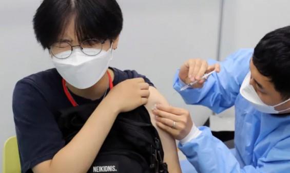 코로나19 백신 시간당 200만명까지 예약가능…9일부터 백신예약 10부제