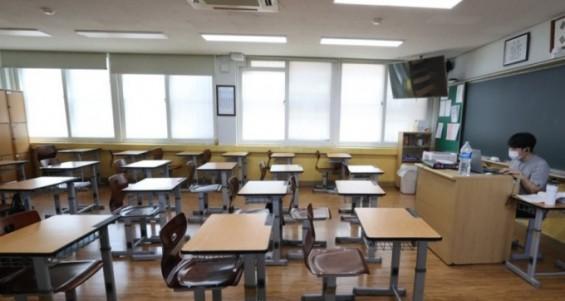 델타변이가 한 교실을 붕괴시키는 방법…마스크 벗고 수업한 초등교사 학급 절반 감염시켜