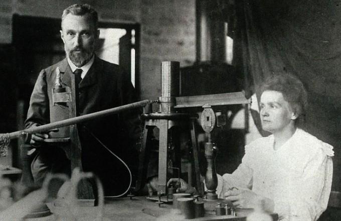 과학자 커플의 대명사인 퀴리 부부. 1906년 피에르가 교통사고로 47세에 사망하면서 마리 퀴리는 힘든 나날을 보냈다. 동아사이언스DB