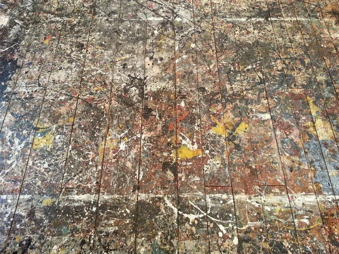 잭슨 폴록의 작업실 바닥에 그려진 그림이다. 위키미디어 코먼스 제공