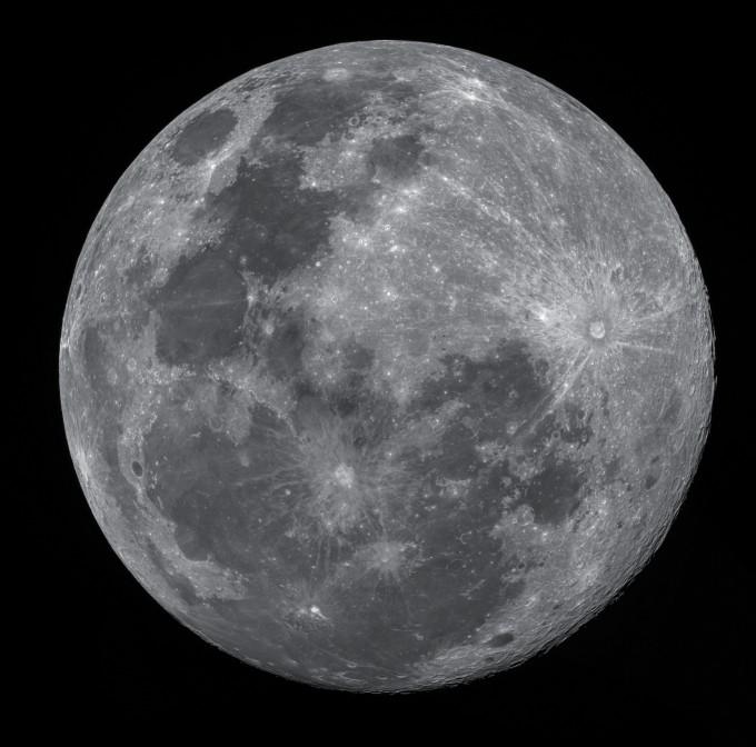 올해 한가위 보름달은 서울 기준 오후 6시 59분에 뜬다. 한국천문연구원 제공