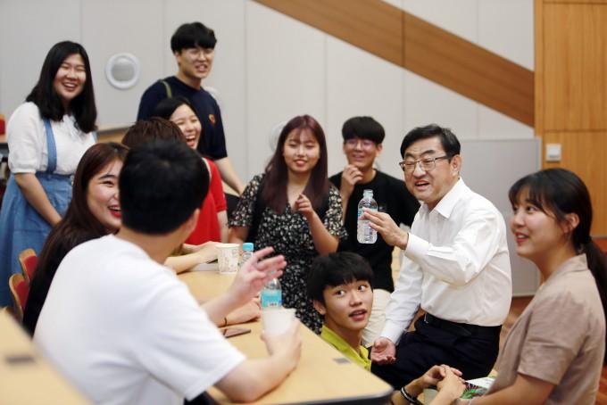[인터뷰]김무환 포스텍 총장
